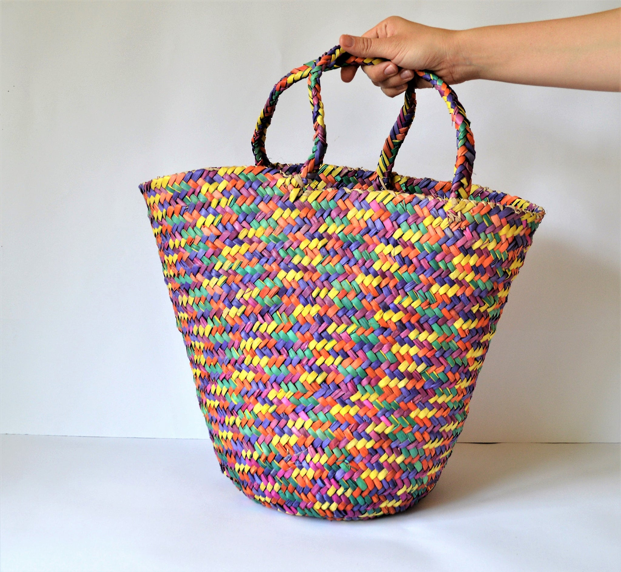 Nubian basket, Woven basket, Straw basket
