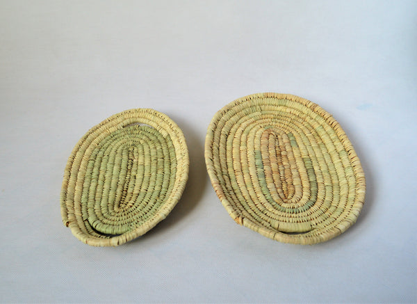 2 bread trays from palm straw handcrafted in Egypt