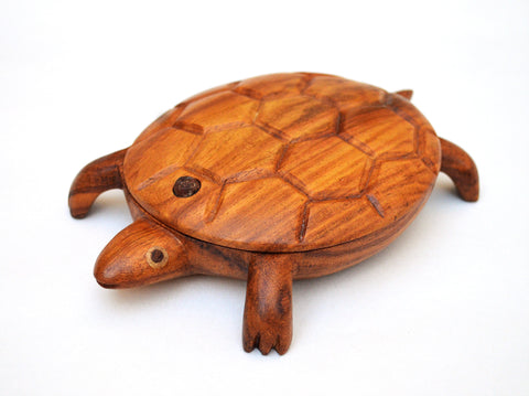Hand carved Turtle jewelry box (the Medium size one)