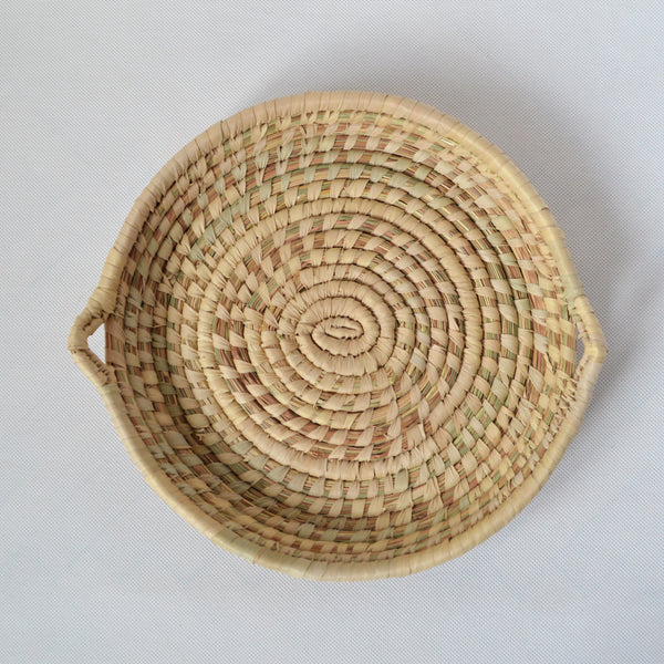 Round straw wicker tray, Egyptian palm leaves tray for fruit and bread