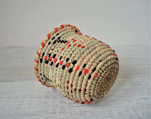 Woven candy bowl (natural palm leaves basket)
