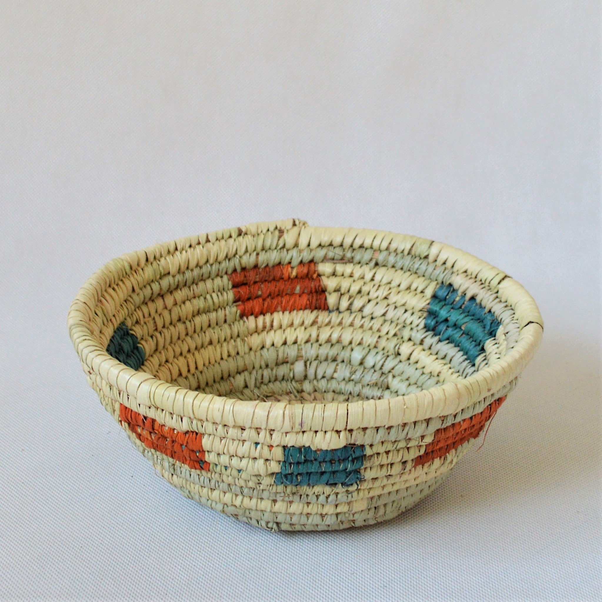 Simple straw bowl, Decor bowl