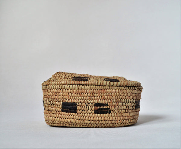 Shalateen treasury box palm straw and leather