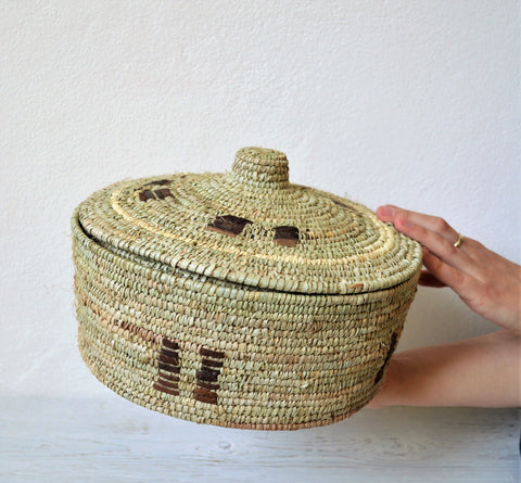 Fine rustic woven African with lid