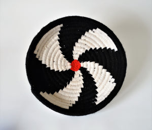 Egyptian wool palm fruit plate (Black and White)