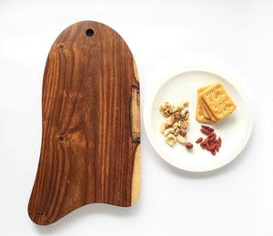 Natural shape serving board