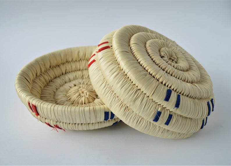 Wahat palm leaf woven plate for snacks