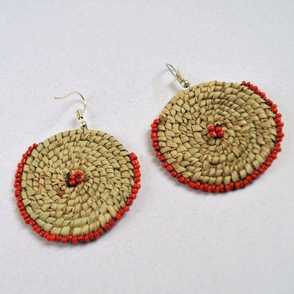 Round earrings for the beach (red beads)
