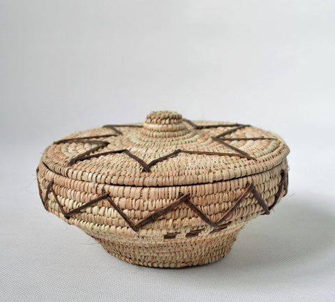Round jewelry basket from Egypt
