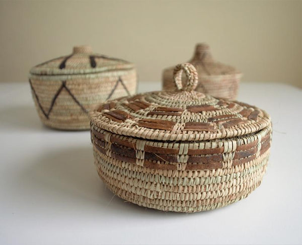Decor wicker box for jewelry and storage