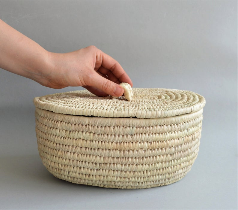 White Woven wicker basket with a fitted lid for all storage