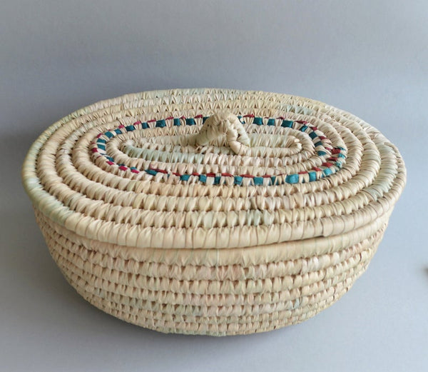 Big oval wicker box
