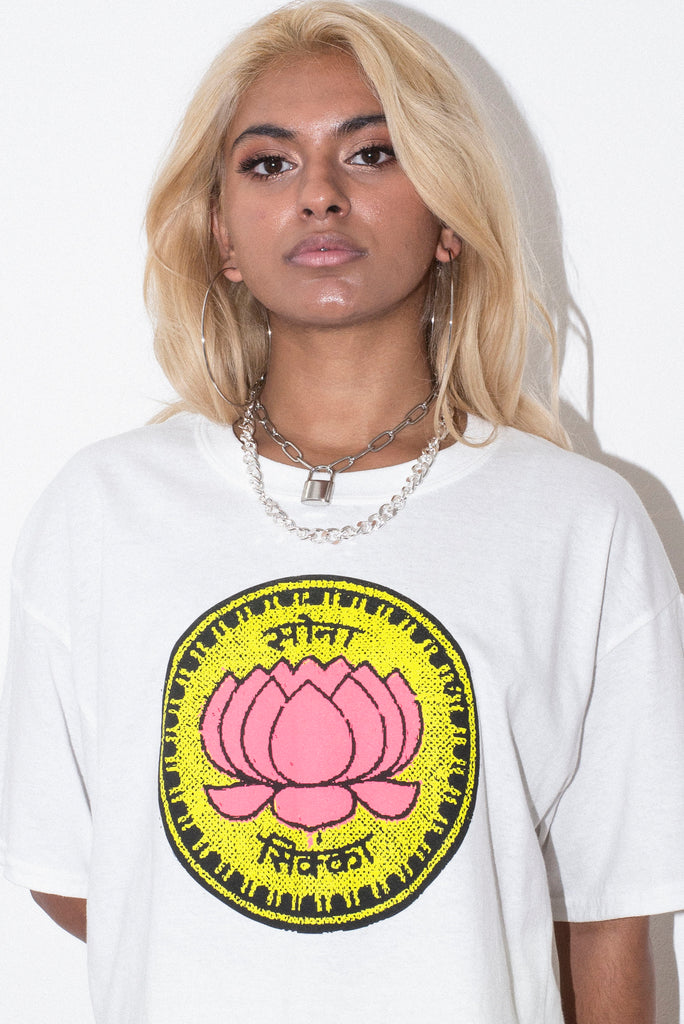 WMNS LOTUS COIN WHITE CROP TEE