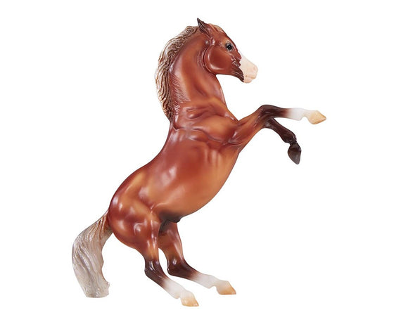 Breyer Silver Bay Mustang 947