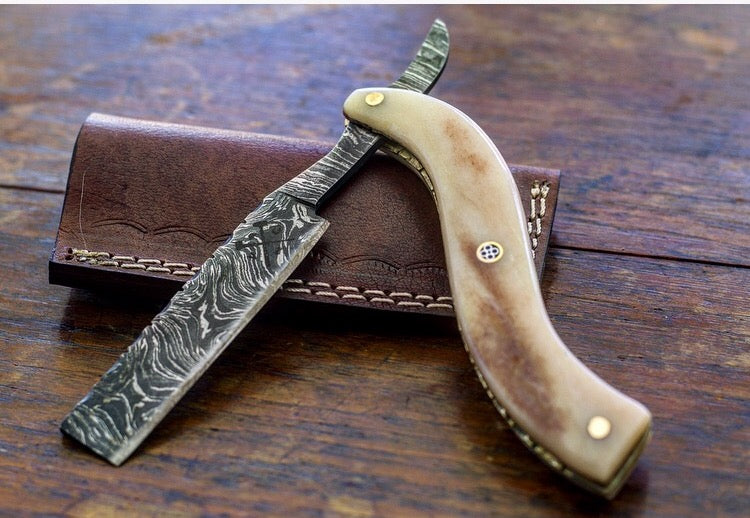 Straight Razor- Damascus Steel Model VG10