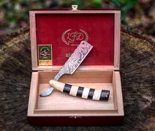 Damascus Steel Straight Razor- VG20