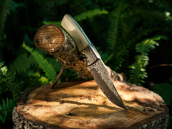 Elk Bone Damascus Hunter Knife