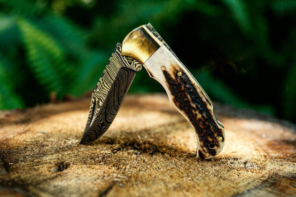 deer antler pocket knife