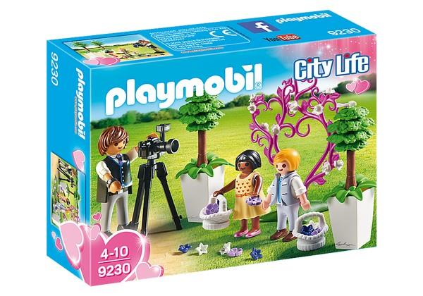 Playmobil Children with Photographer (9230) | Bumble Tree