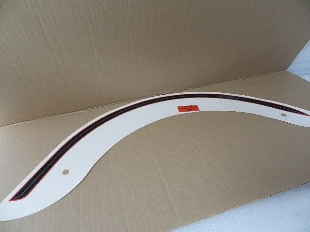 NOS NEW HARLEY FLSTS HERITAGE SPRINGER RIGHT FRONT FENDER DECAL 13784-00