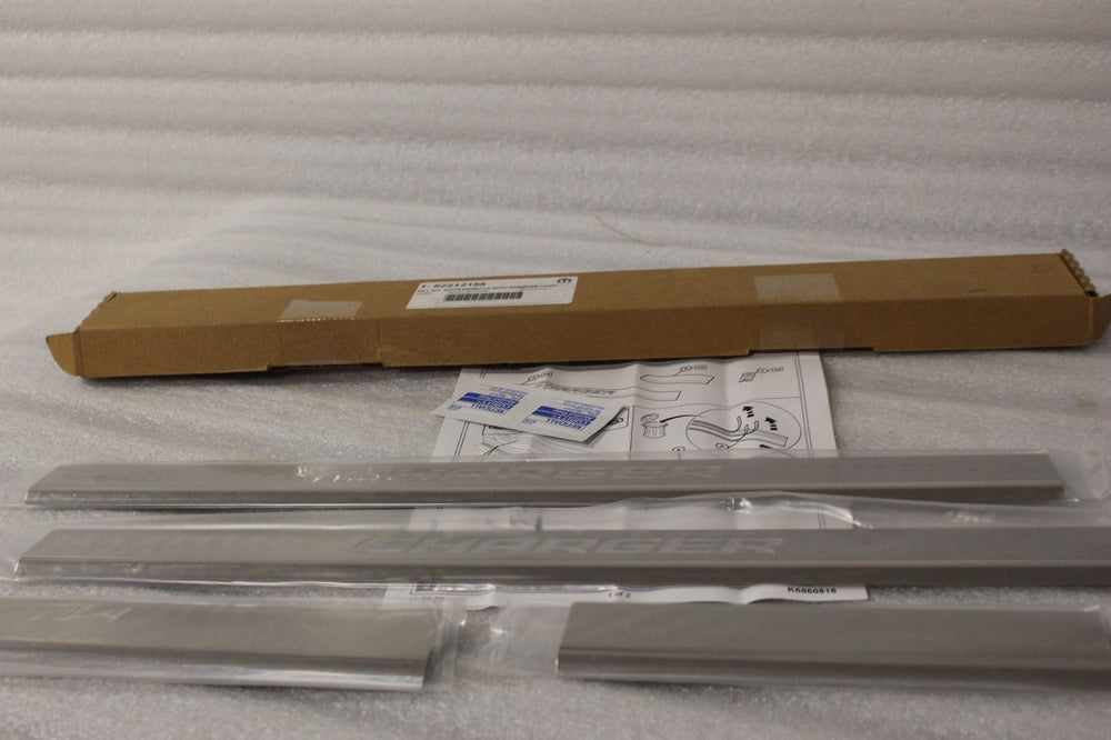 NEW OEM 2008-2010 DODGE CHARGER POLISHED STAINLESS DOOR SILL SETS 82212155