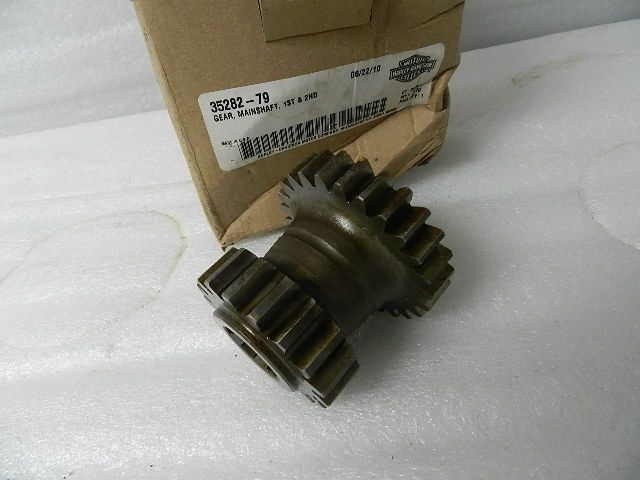 NOS NEW HARLEY 1ST & 2ND GEAR MAIN SHAFT 35282-79