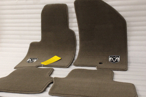 NEW OEM 2007-2012 DODGE CALIBER MEDIUM PEBBLE BEIGHT FLOORMATS 82209631AD