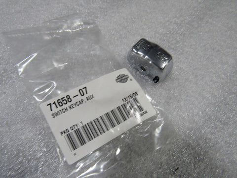 NOS NEW OEM HARLEY ON/OFF SWITCH CAP 71658-07