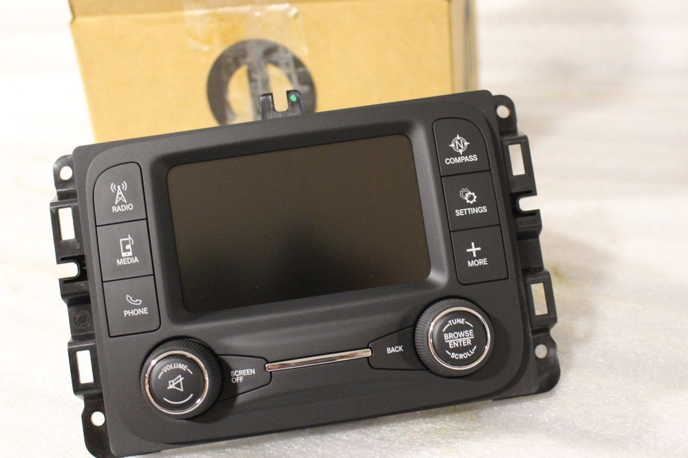 NEW OEM NOS 2013 Dodge Ram 2500 3500 4500 5500 MULTI MEDIA RADIO 68088694AE