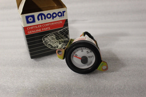 NEW OEM NOS 1992-1996 DODGE VIPER OIL PRESSURE GAUGE 4643966AB