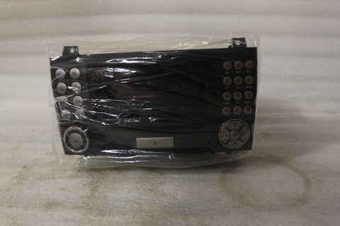 NEW OEM MERCEDES-BENZ EXCHANGE UNIT AUDIO20 A171820088680