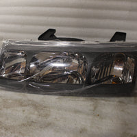 NEW OEM 2002-2004 SATURN VUE LEFT SIDE HEADLIGHT W/BULBS 22702945