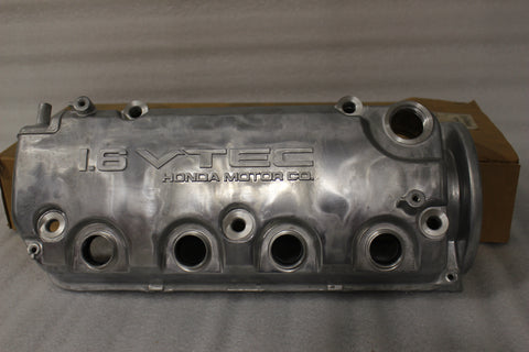 NEW OEM 1999-2000 Honda Civic 1.6L VTEC CYLINDER HEAD COVER 12310-PBA-C00