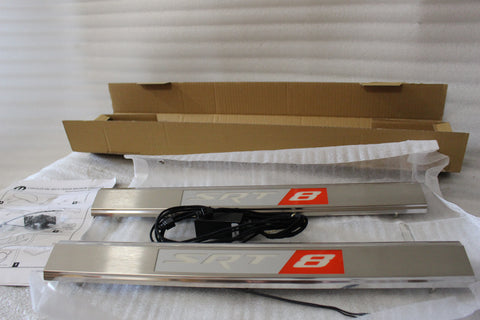 NEW CHRYSLER 300 CHARGER MAGNUM SRT-8 ILLUMINATED DOOR SILL ENTRY GUAR 82209598