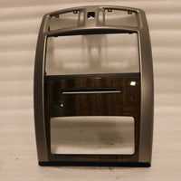 NEW OEM 2006-2009 CADILLAC XLR CENTER BEZEL DASH 15827768