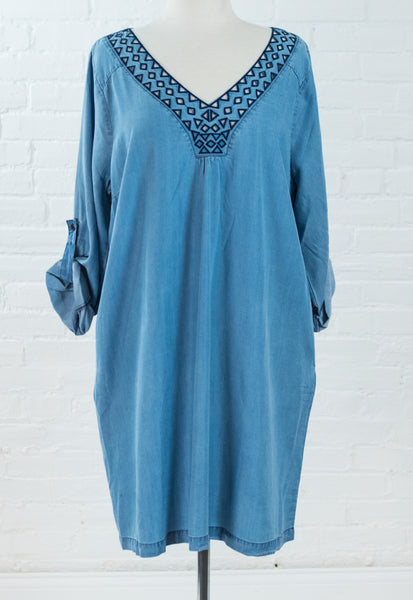 Curve: Chambray Embroidery VNeck Dress
