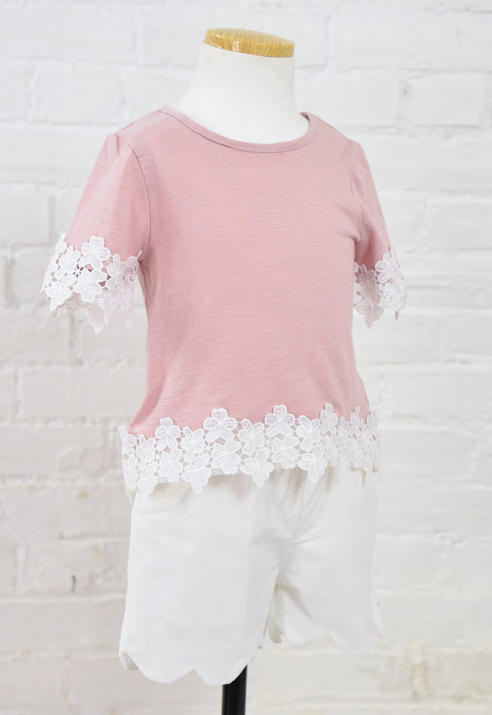 Zoe Crew Neck Daisy Trim Top - Mauve