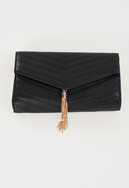 Luxe V Tassel Clutch with Chain - Black