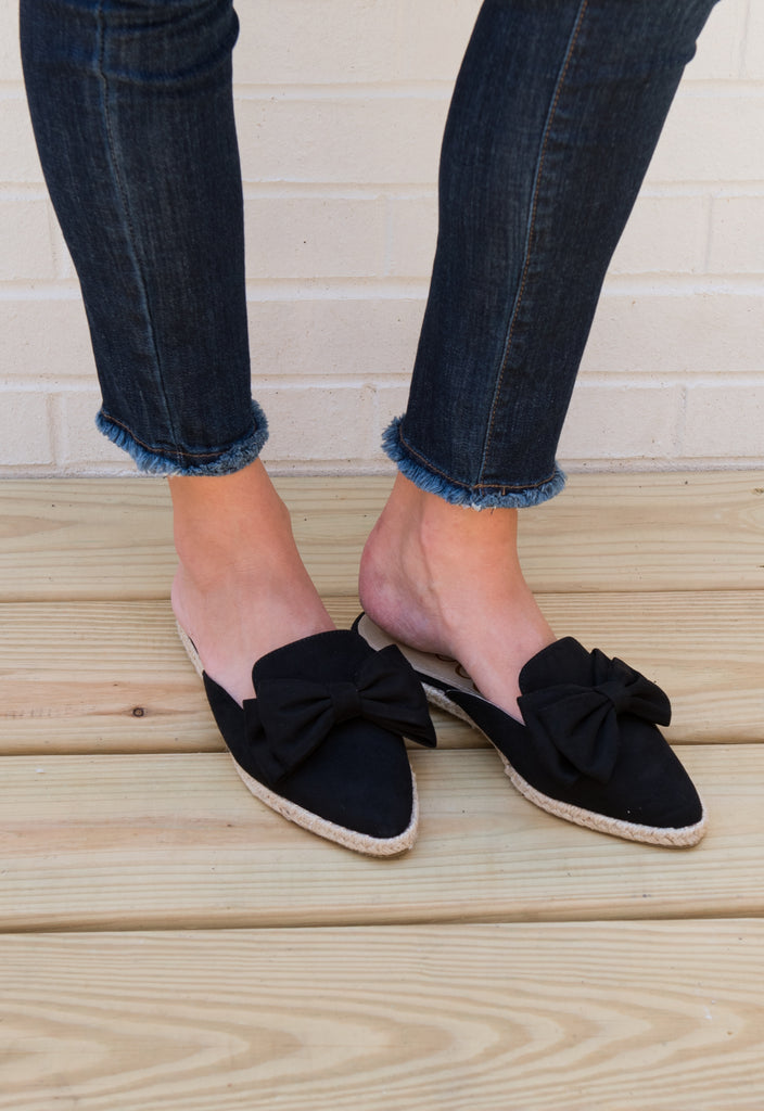 The Kate Bow Slides - Black