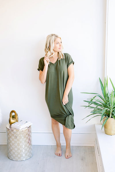 Stand Tall Long Basic VDress