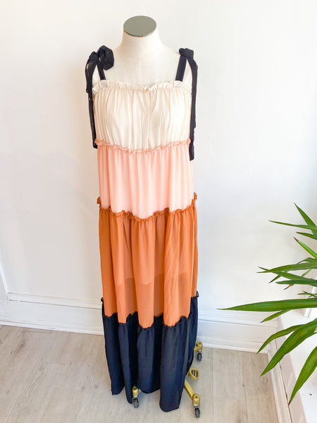 Feeling Gourd Colorblock Maxi Dress
