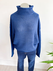 Shapes of Today Turtleneck - Navy