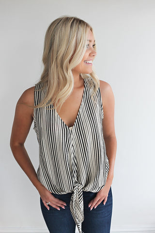 Soft Side Tie Front Top