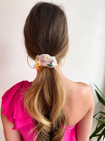 Floral Embroidered Scrunchie - White