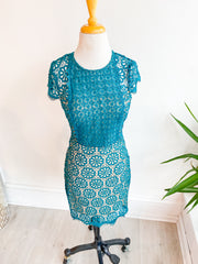 Turf Race Lace Dress