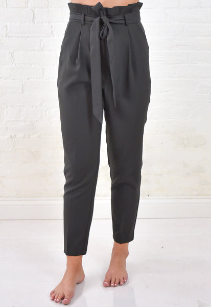 Lara Paperbag Pants - Black
