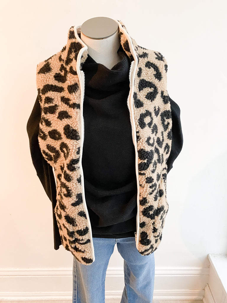 Happiness Leopard Fuzzy Vest - Black