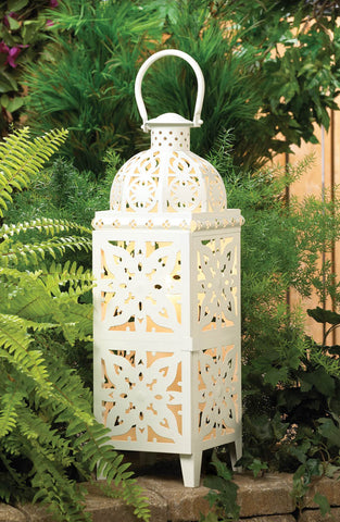 GIANT-SIZE WHITE MEDALLION LANTERN