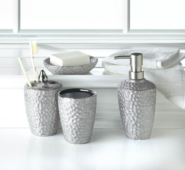 HAMMERED SILVER TEXTURE BATH SET - Distinctive Merchandise