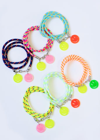 DEAR SUMMER MINI HOOPS // CORAL